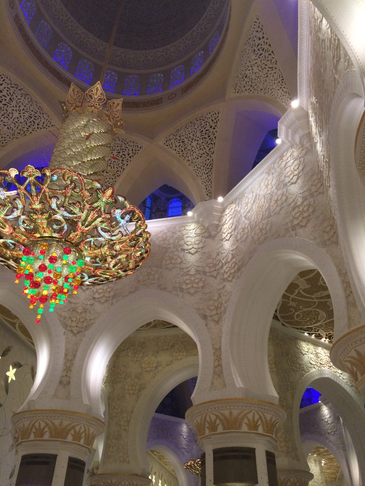 Ceiling, Sheikh Zayed Grand Mosque, Abu Dhabi, UAE