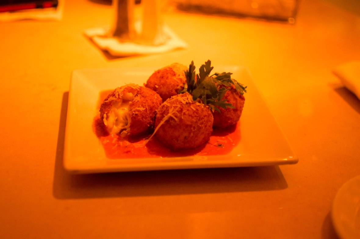 Fried Mac And Cheese, The Cheesecake Factory, JBR, Dubai, UAE (2)