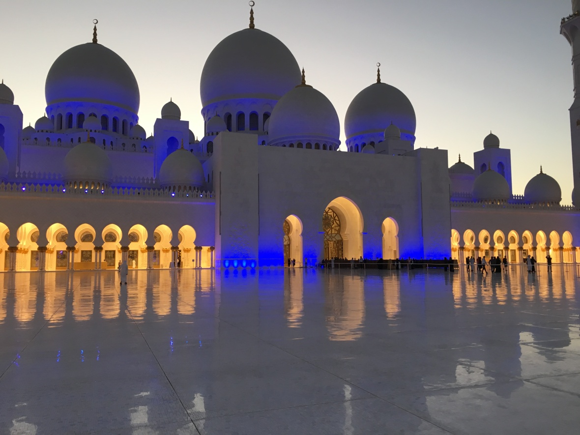 Sunset, Sheikh Zayed Grand Mosque, Abu Dhabi, UAE
