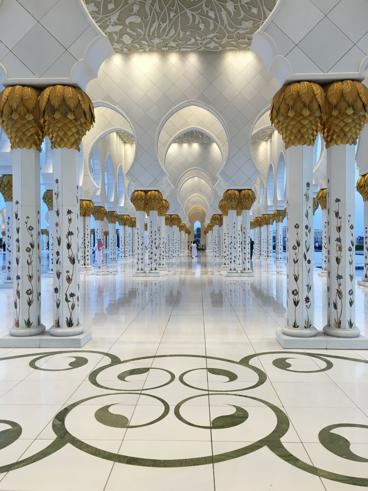 White Arches, Sheikh Zayed Grand Mosque, Abu Dhabi, UAE (2)