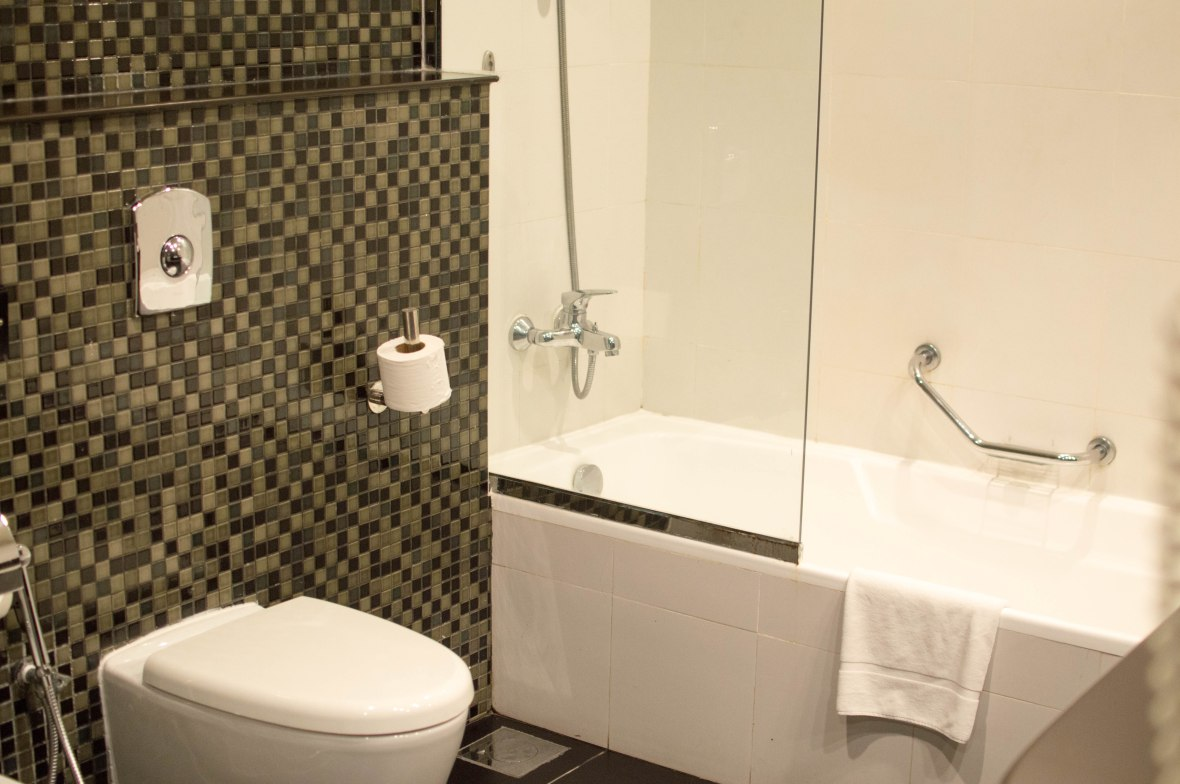 Bathroom, Mangrove By Bin Majid Hotels & Resorts, Ras Al Khimah, UAE