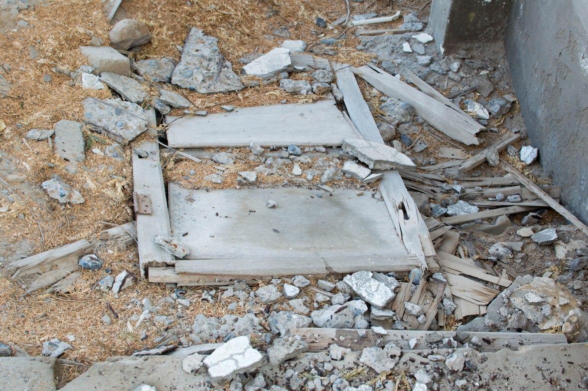 Broken Door, Abandoned City, Al Jazirat Al Hamra, Ras Al Khaimah, UAE