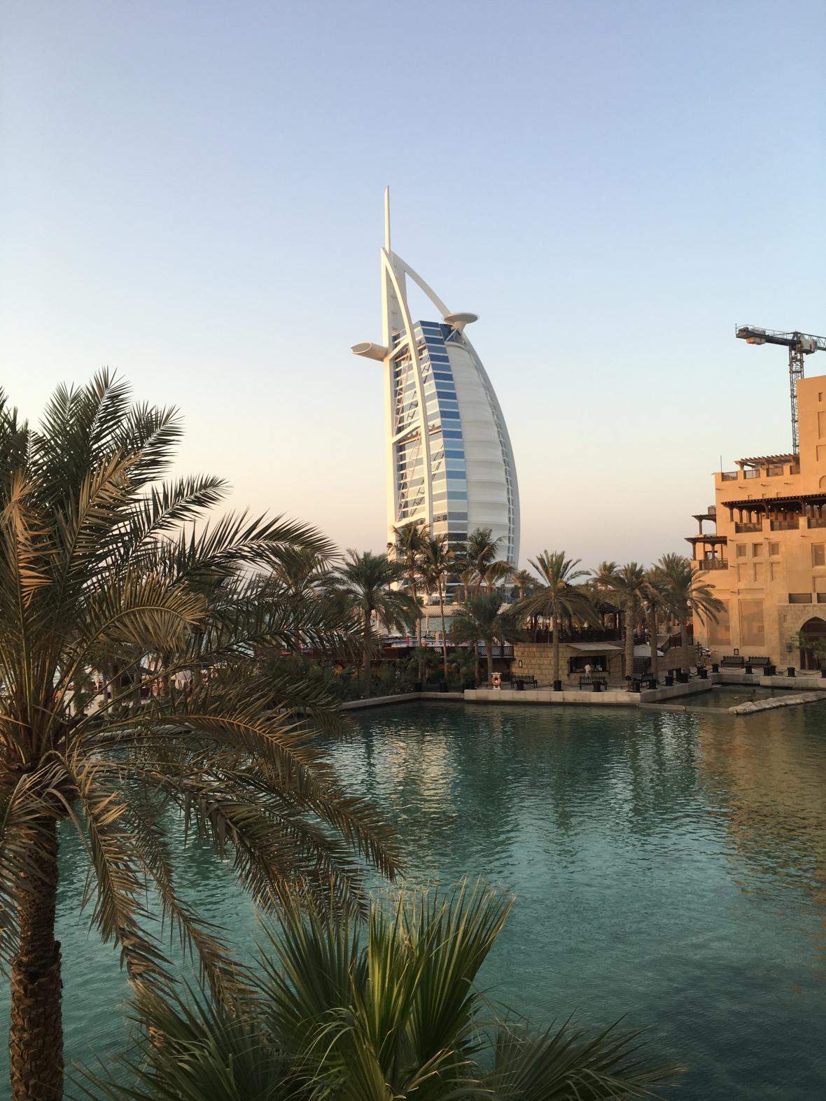 Burj Al Arab Hotel, Bahri Bar, Madinat Jumeirah, Dubai, UAE