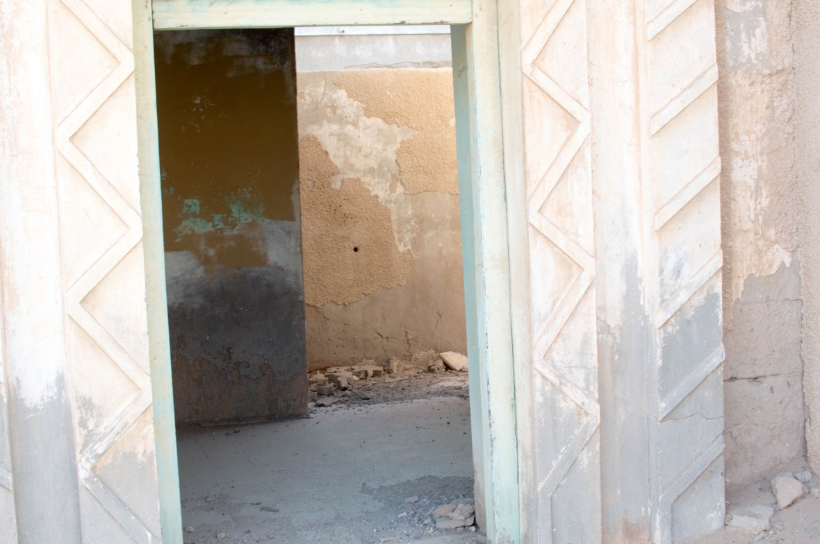 Looking In To A House, Abandoned City, Al Jazirat Al Hamra, Ras Al Khaimah, UAE