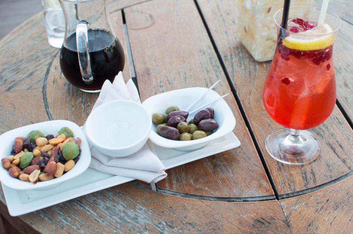 Nuts, Olives And Drinks (Diet Coke and Shirley Temple), Moon Bar, Banyan Tree Al Wadi, Ras Al Khaimah, UAE