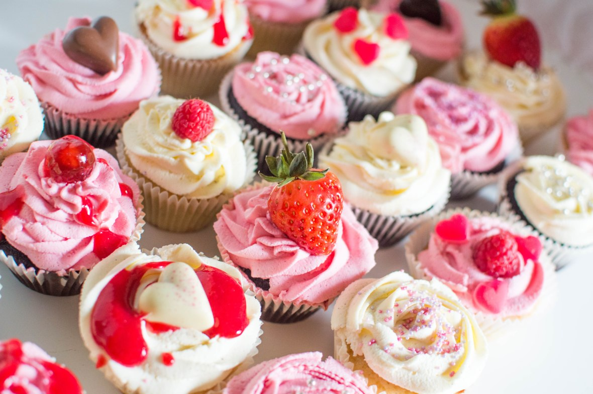 Mix & Match Valentine's Day Cup Cakes