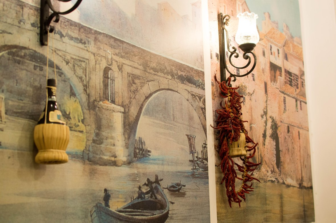 Decor And Paintings, Nonna Betta, Rome, Italy