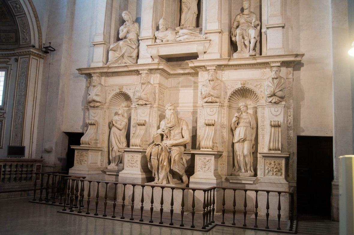 Michelangelo's Moses, Basilica di San Pietro in Vincoli, Rome, Italy.jpg