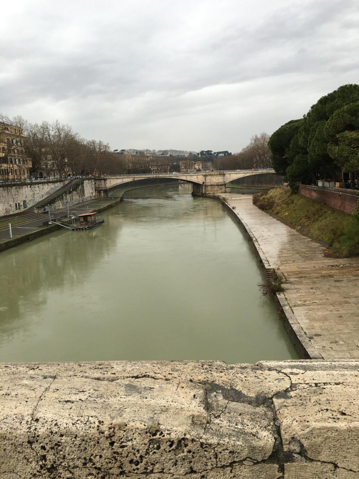 River Tiber, Isola Tiberina, Rome, Italy