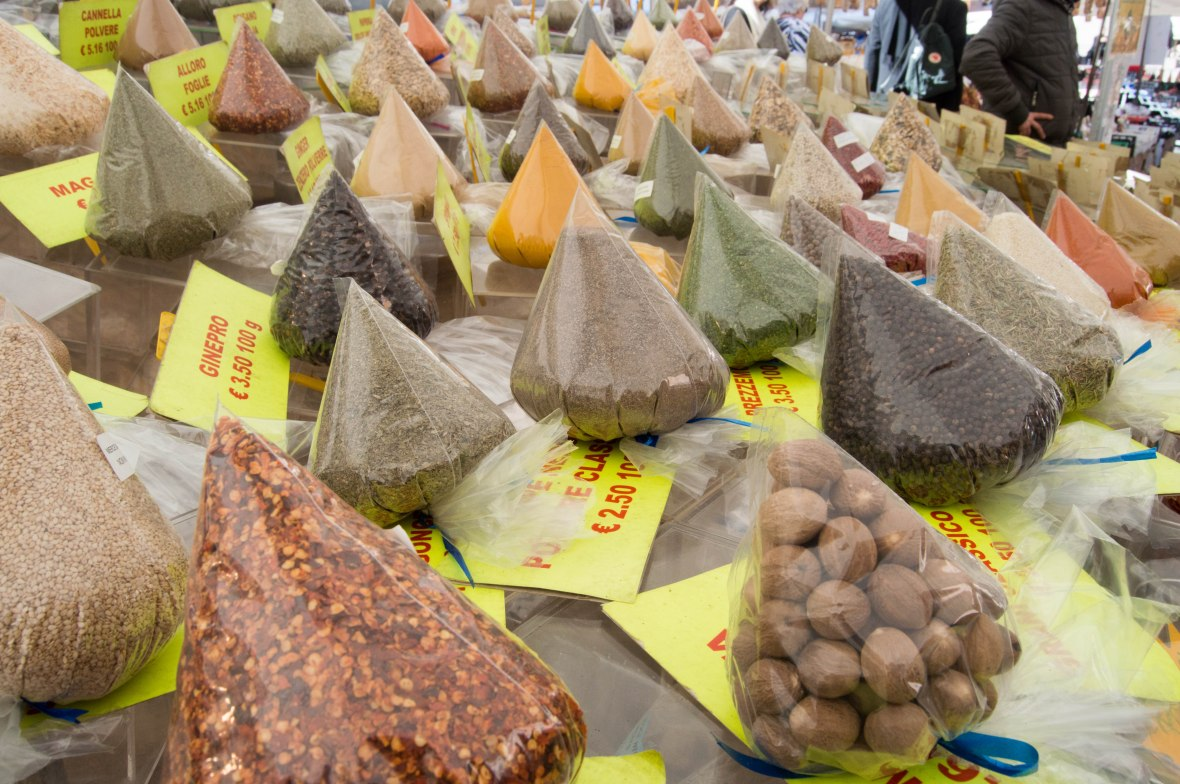 Spices, Campo de' Fiori, Rome, Italy