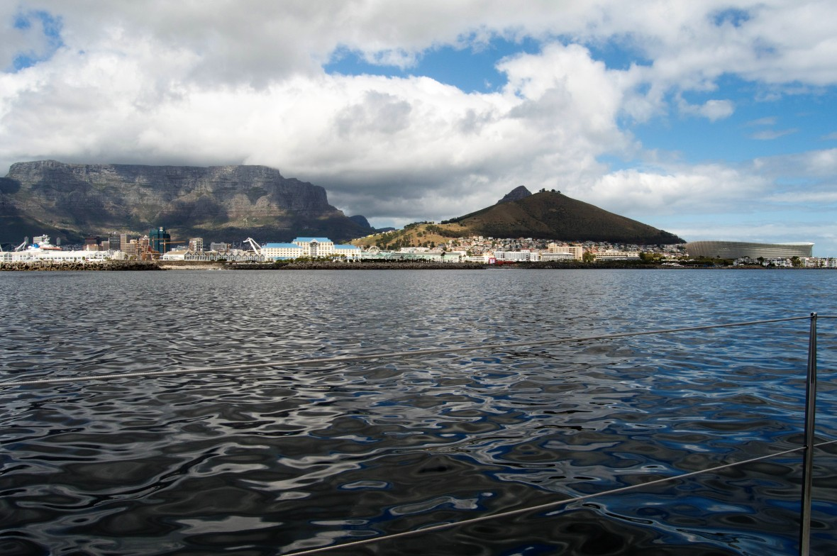 harbour-boat-tour-cape-town-south-africa