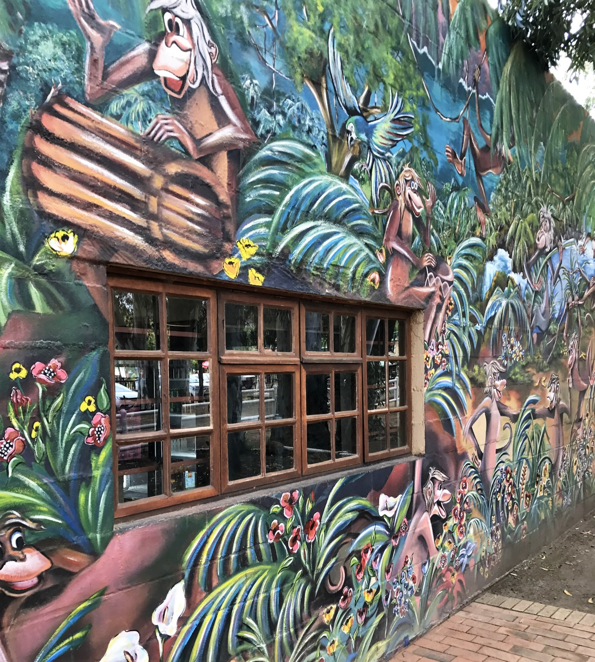 mural-monkey-town-cape-town-south-africa