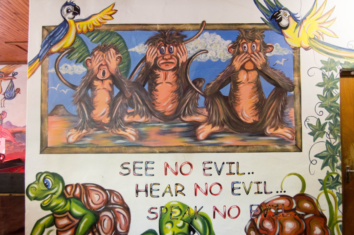 see-no-evil-hear-no-evil-speak-no-evil-mural-monkey-town-cape-town-south-africa