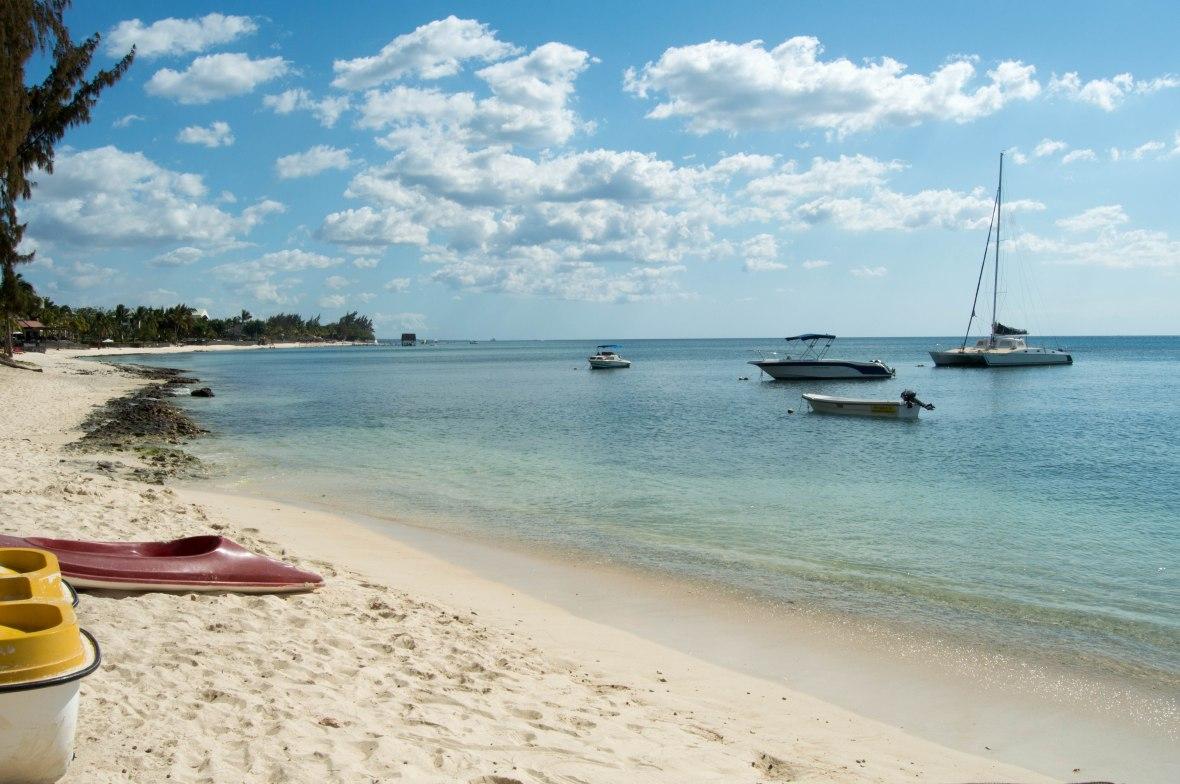 triolet-beach-mauritius