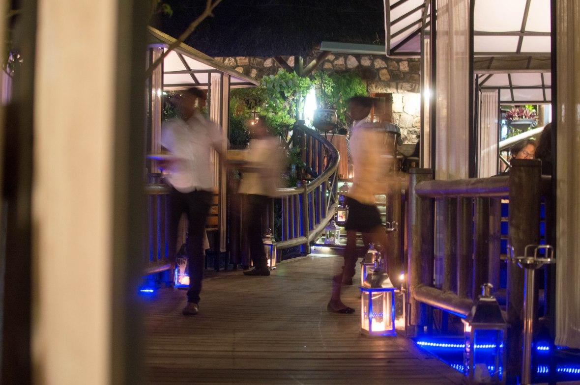 waiters-domaine-anna-mauritius
