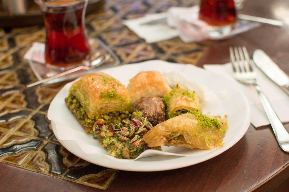 baklava-karakoy-gulluoglu-istanbul-turkey
