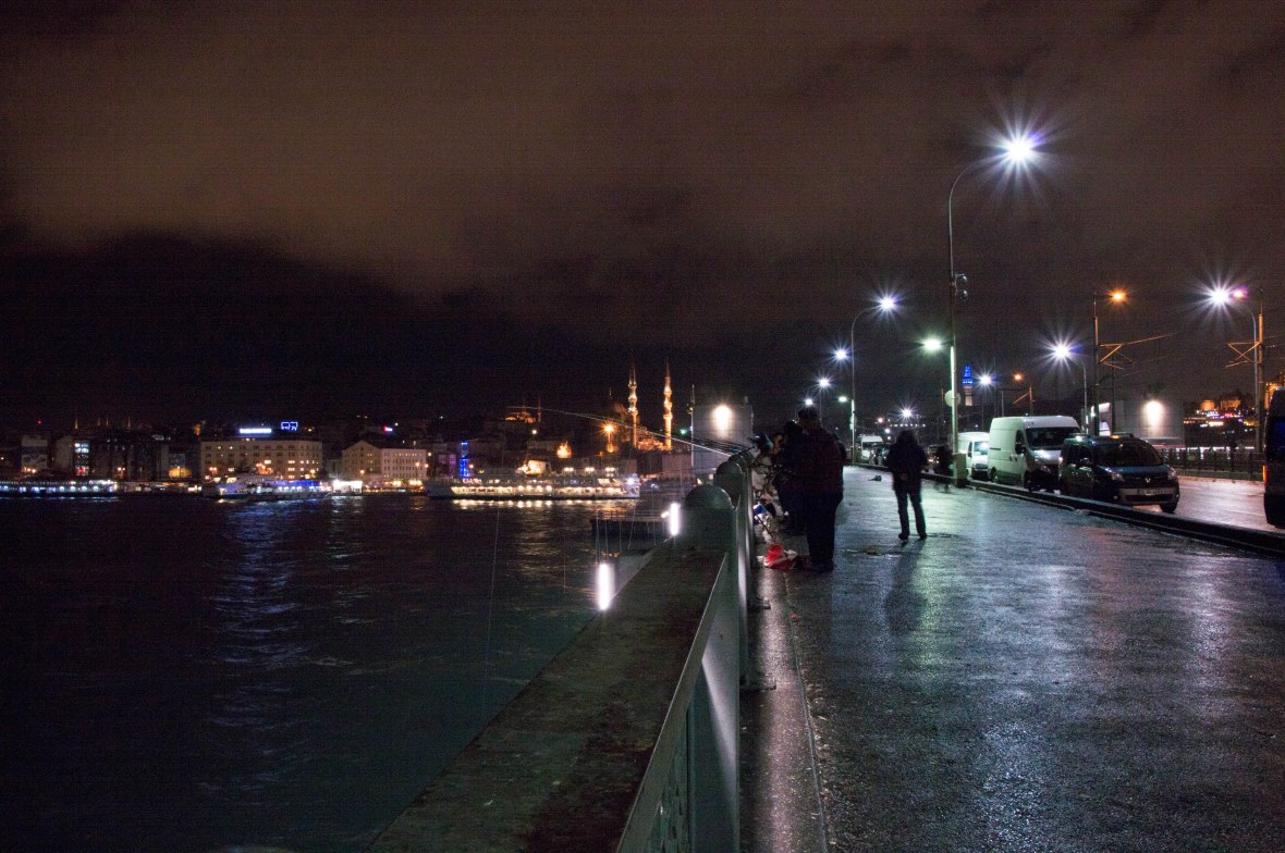 fishing-at-night-galata-bridge-istanbul-turkey
