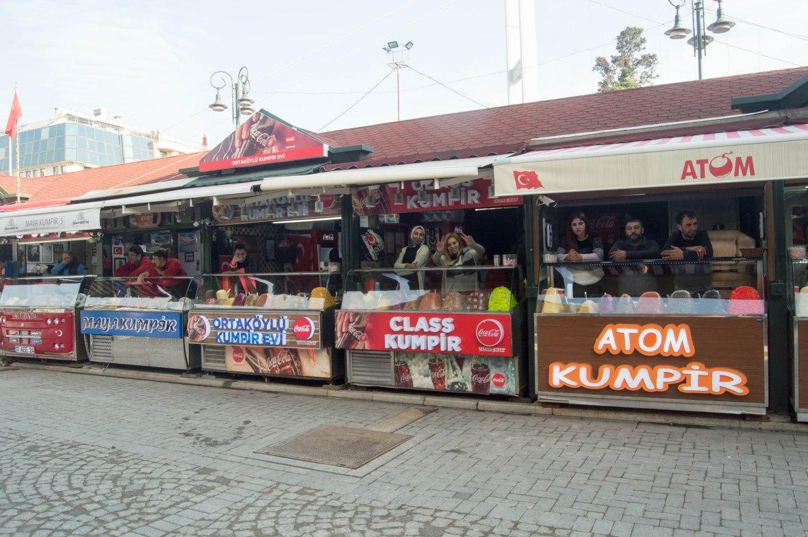 kumpir-stands-ortakoy-istanbul-turkey