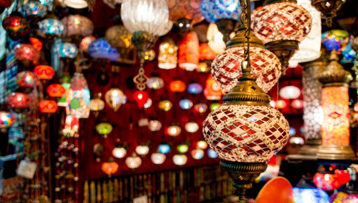 lamps-at-the-grand-bazaar-istanbul-turkey