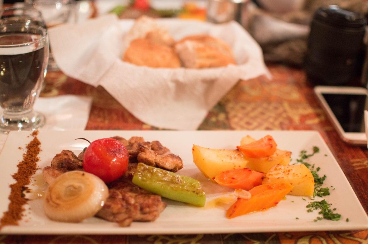 organic-chicken-and-vegetables-pumpkin-restaurant-capadoccia-turrkey