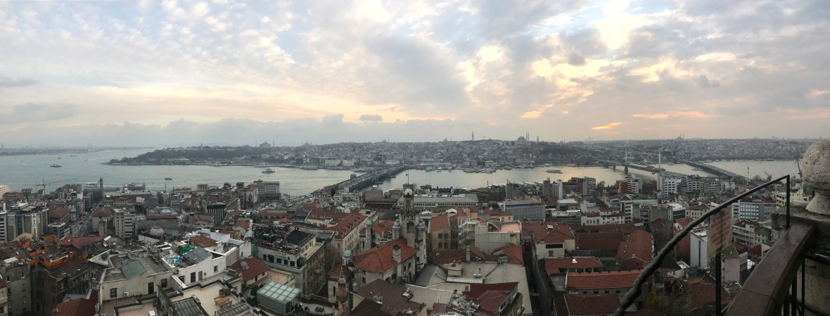 panorama-from-the-galata-tower-istanbul-turkey