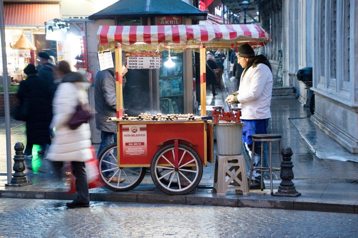 roasted-chestnuts-taksim-istanbul-turkey