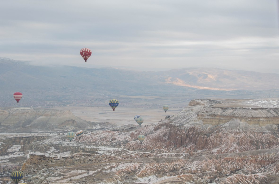 sunrise-hot-air-balloons-capadoccia-turkey