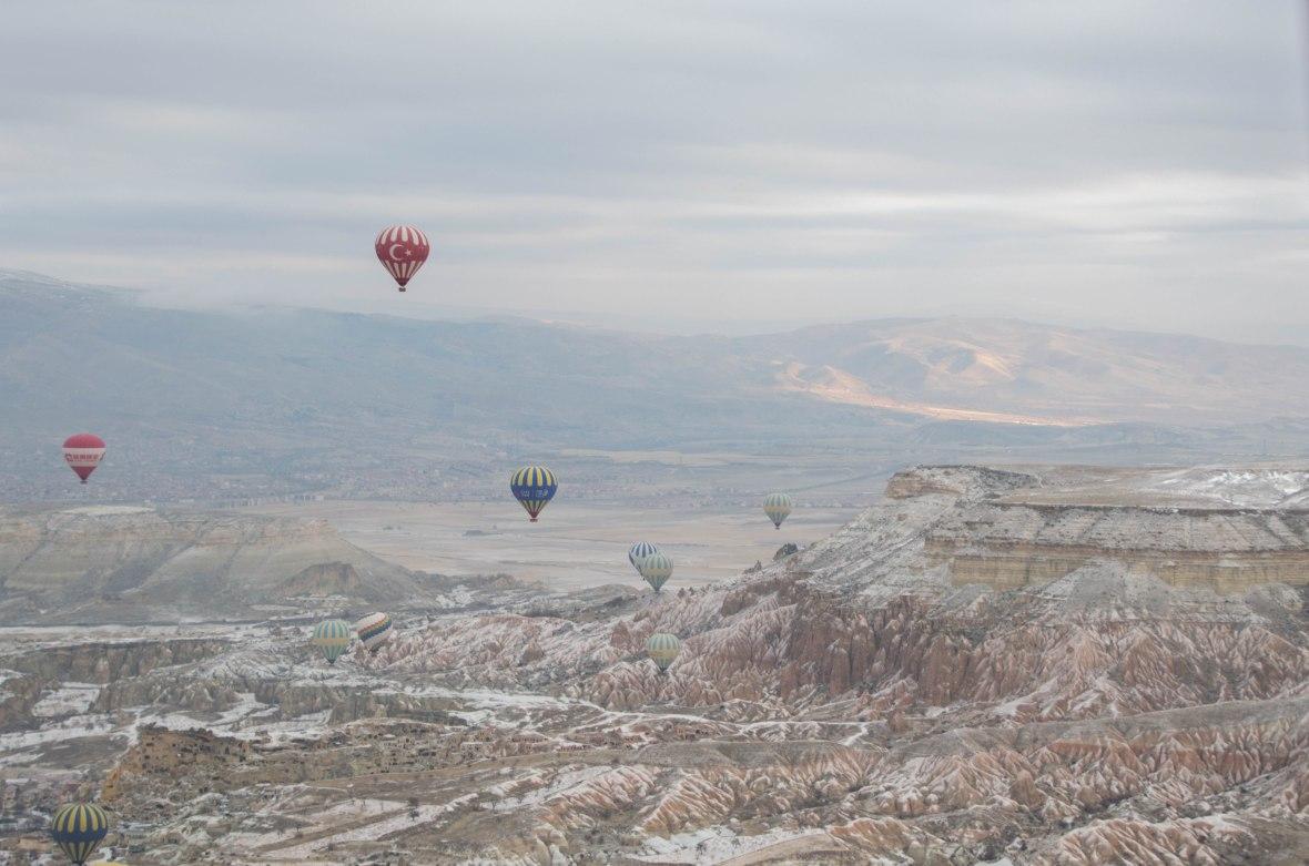 sunrise-hot-air-balloons-capadoccia-turkey