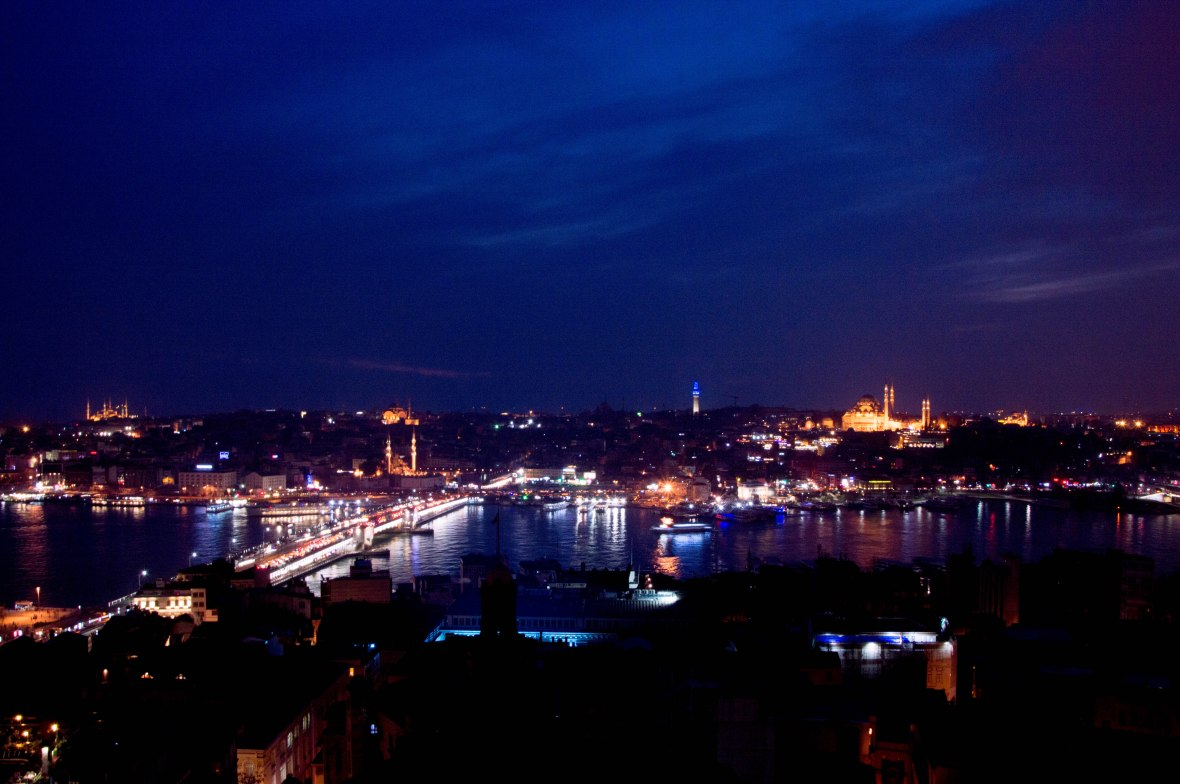 view-from-galata-tower-by-night-istanbul-turkey