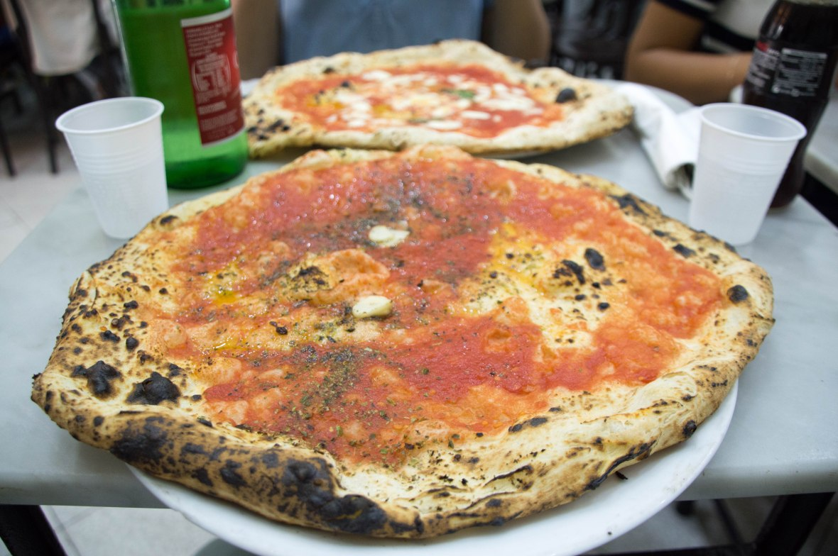Marinara, Pizza, L'Antica Pizzeria da Michele, Naples, Italy