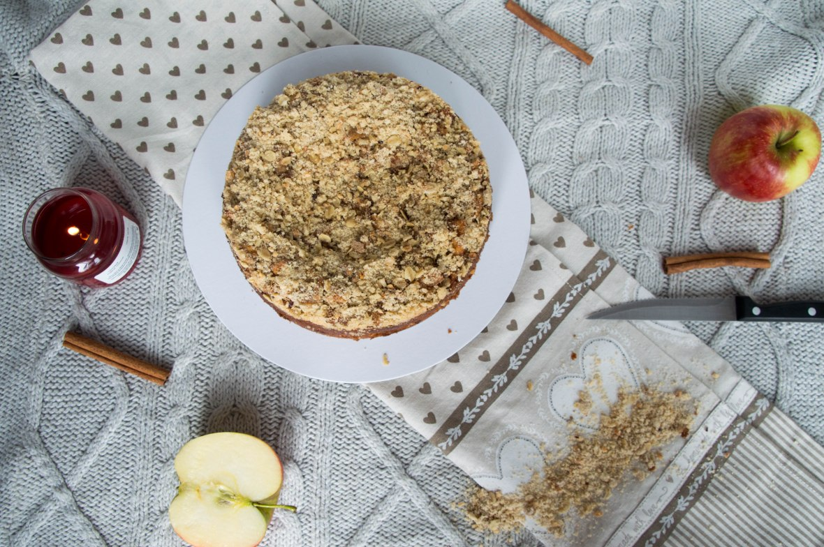 Apple Crumble Cake - Kay's Kitchen