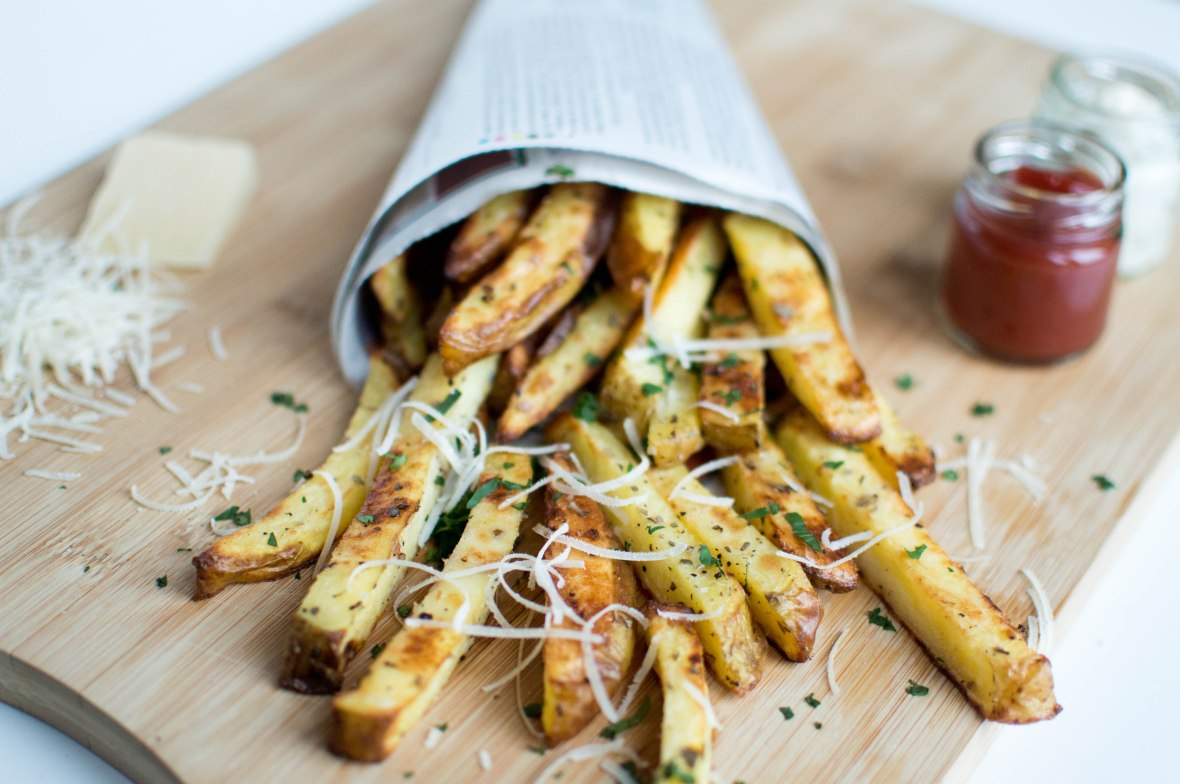 Oven Baked Garlic And Herb Fries - Kay's Kitchen