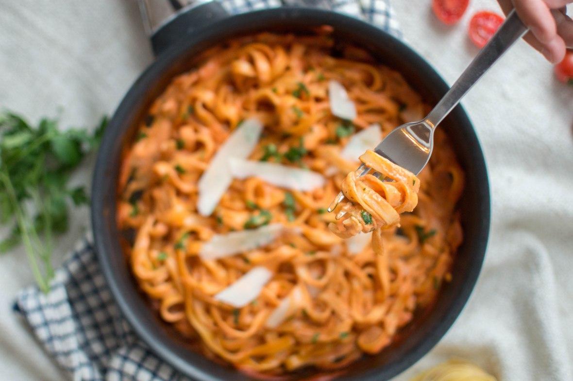 Tomato And Cream Pasta - Kay's Kitchen