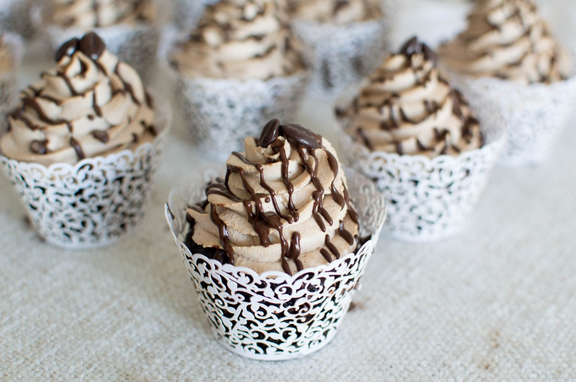 Mocha Cupcakes With Dark Chocolate Drizzle - Kay's Kitchen