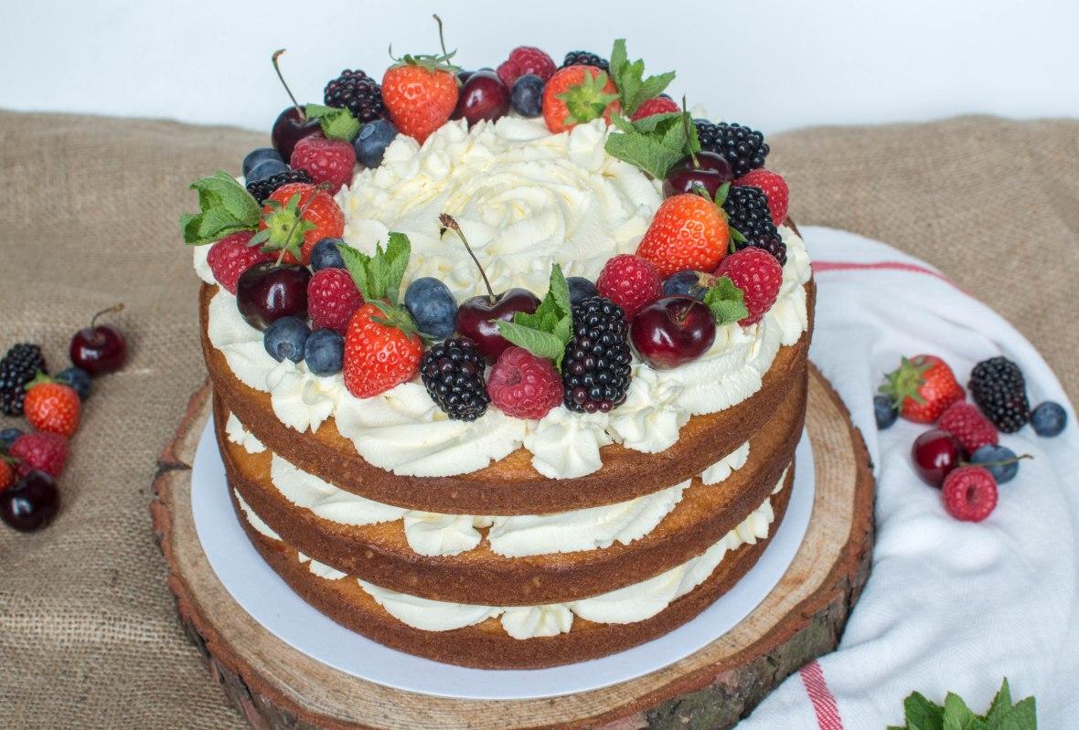 Berries And Cream Cake - Kay's Kitchen