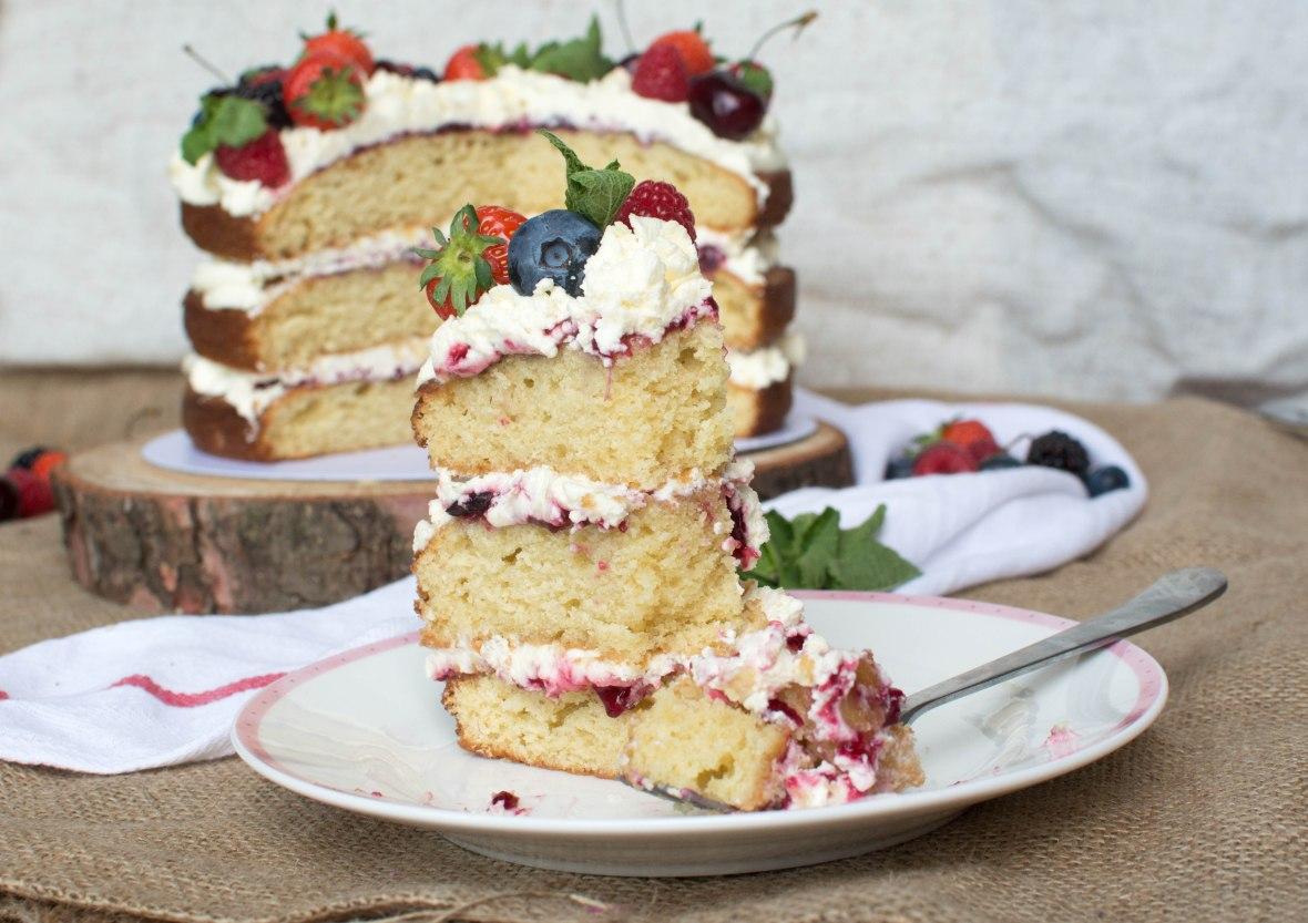 Slice of Berries And Cream Cake - Kay's Kitchen