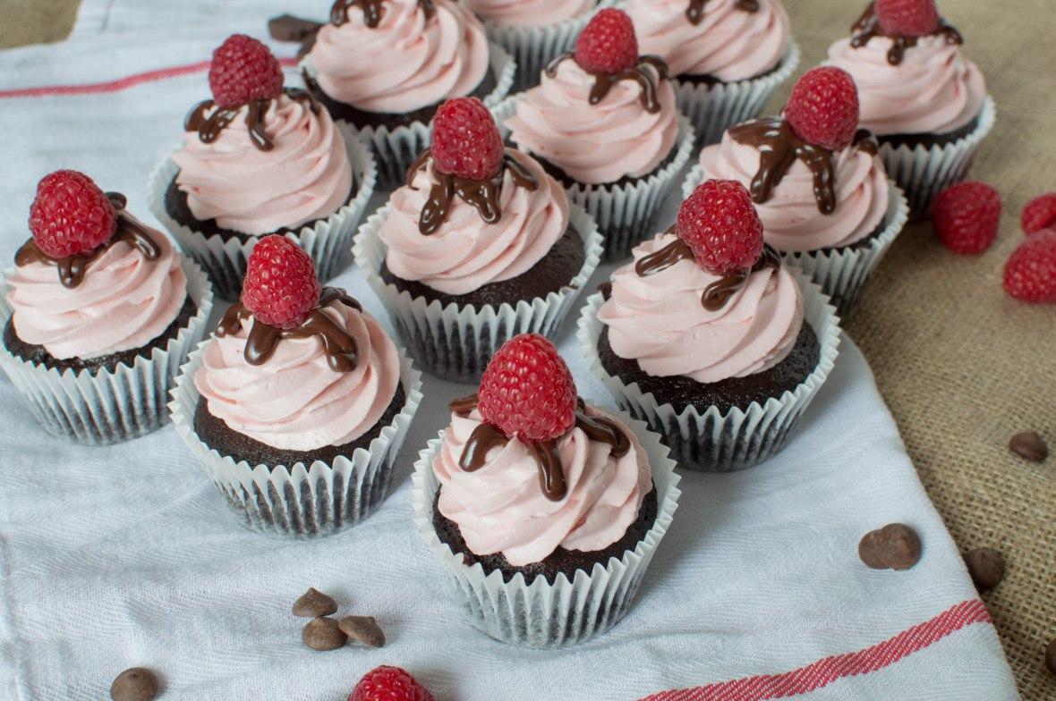 Dark Chocolate And Raspberry Cupcakes - Kay's Kitchen