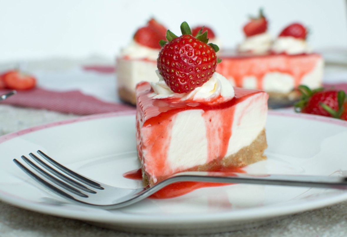 Strawberry Cheese Cake - Kay's Kitchen
