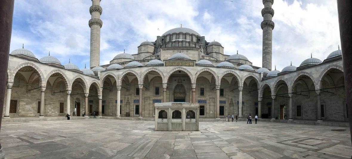 courtyard, süleymaniye mosque, istanbul, turkey