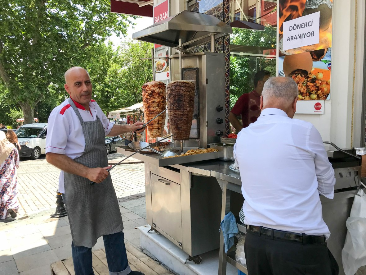 doner kebab, street food, sultanahmet, istanbul, turkey