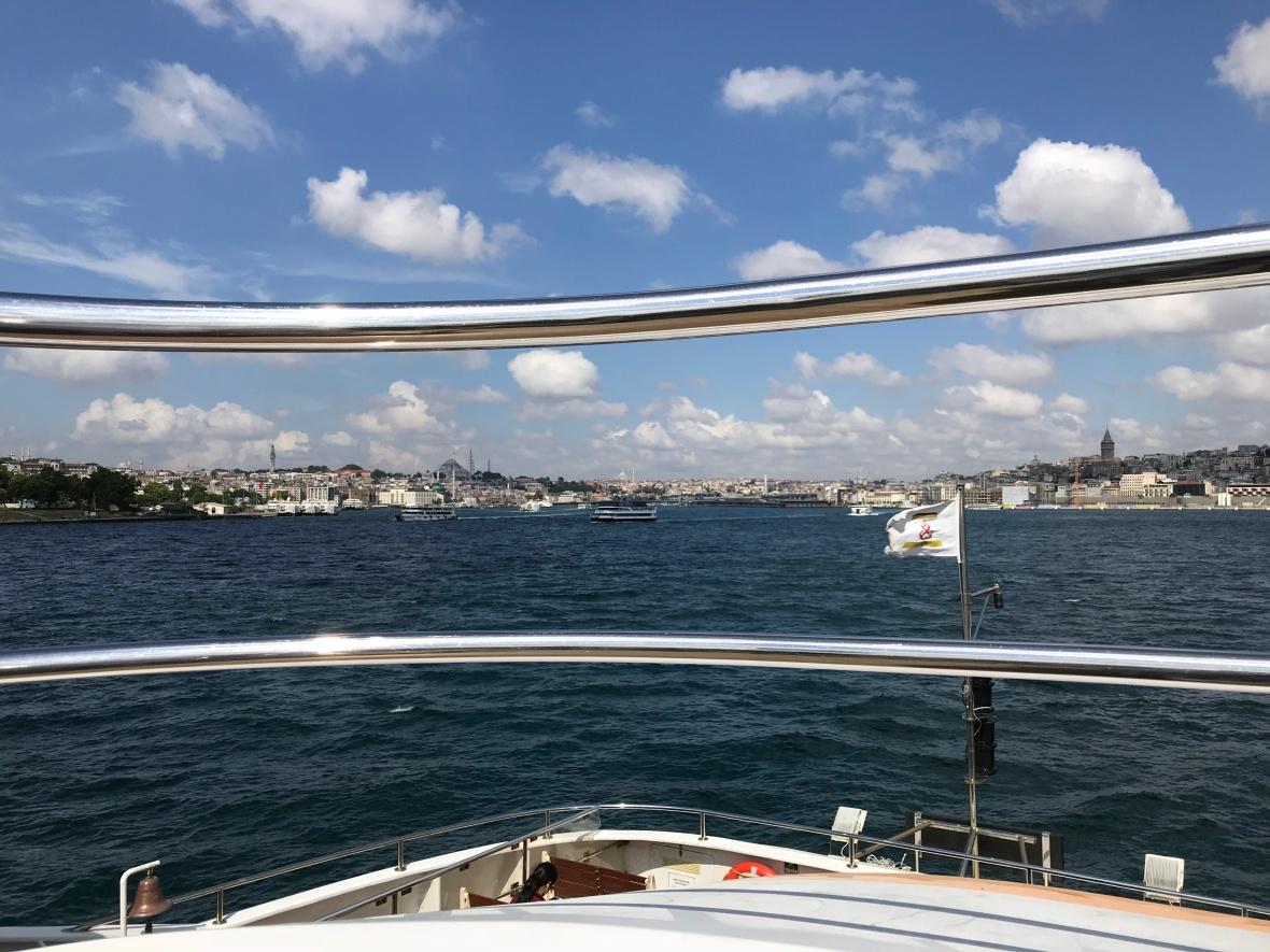 ferry ride, istanbul, turkey (2)