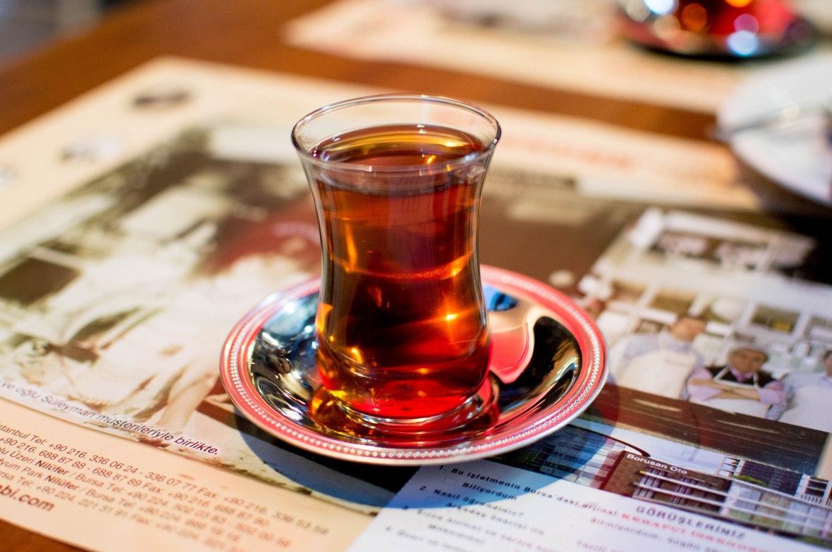 turkish tea, kebapçı İskender, kadikoy, istanbul, turkey