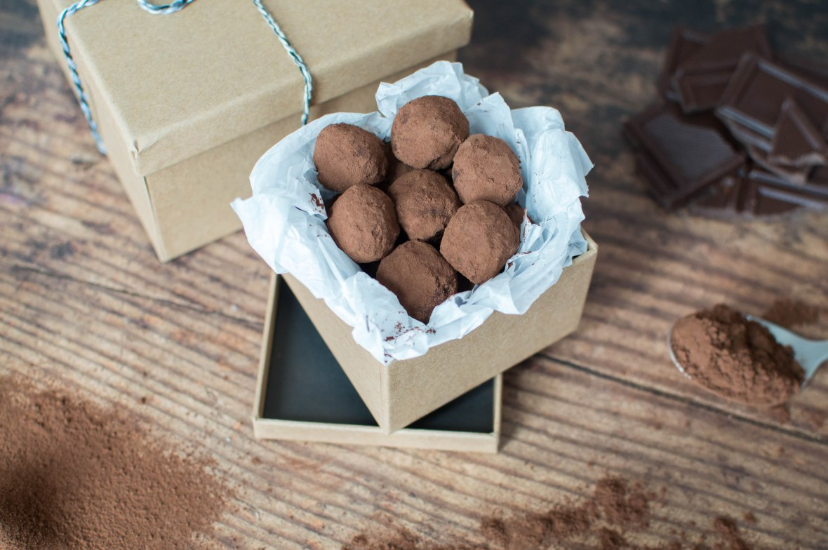 Homemade Valentine's Day Gift - Chocolate Truffles - Kay's Kitchen