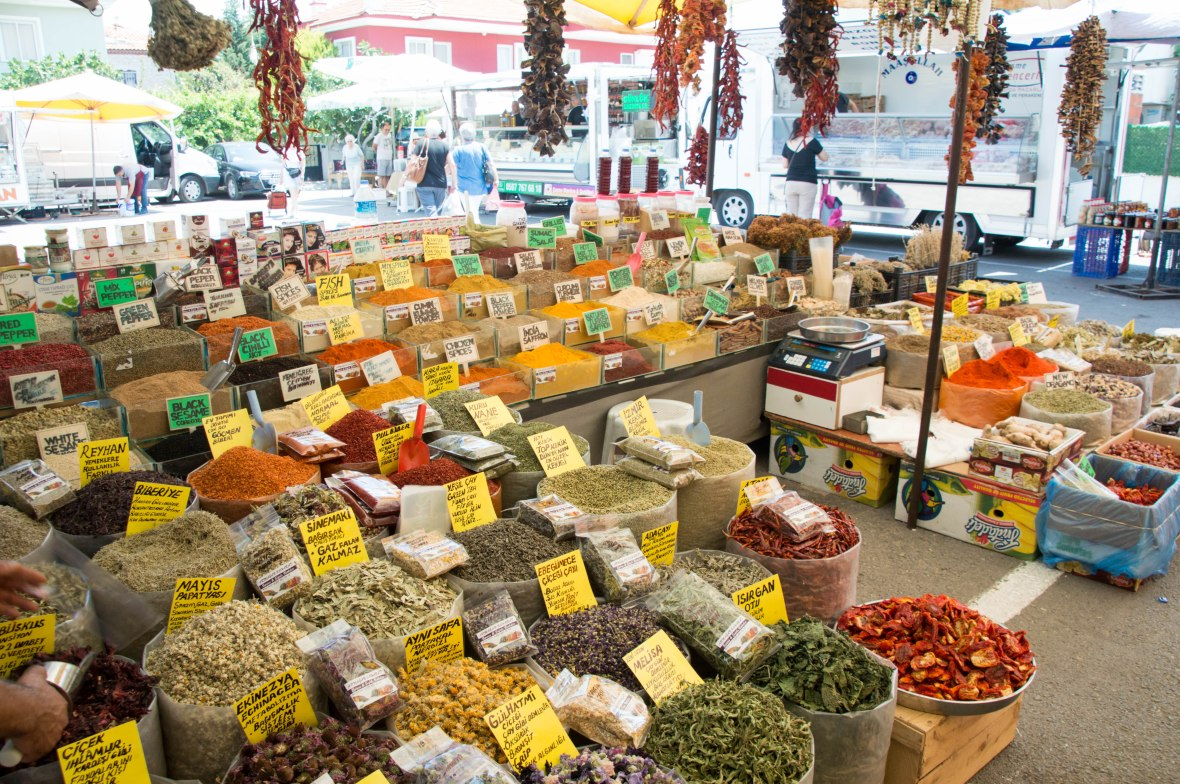 Spices, Herbs And Teas, Alaçatı Market, Turkey