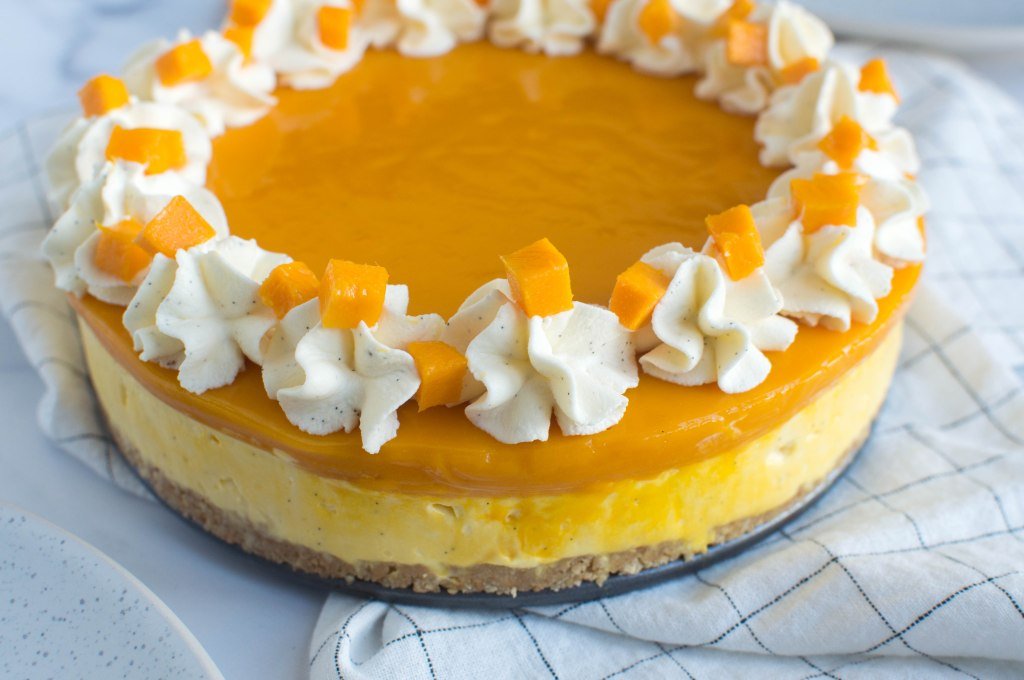 Alphonso Mango And Vanilla Bean Cheesecake - Kay's Kitchen