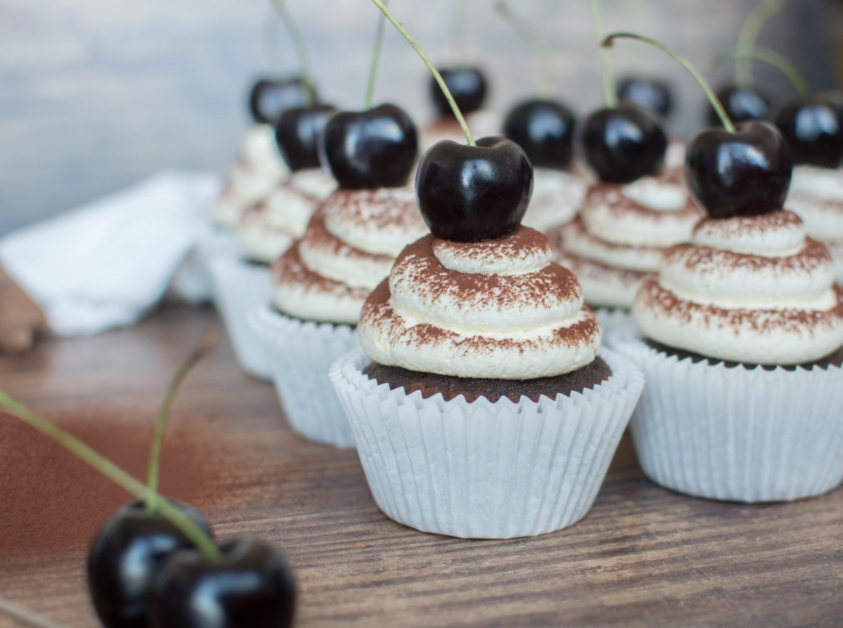 Dark Chocolate And Cherry Cupcakes - Kay's Kitchen