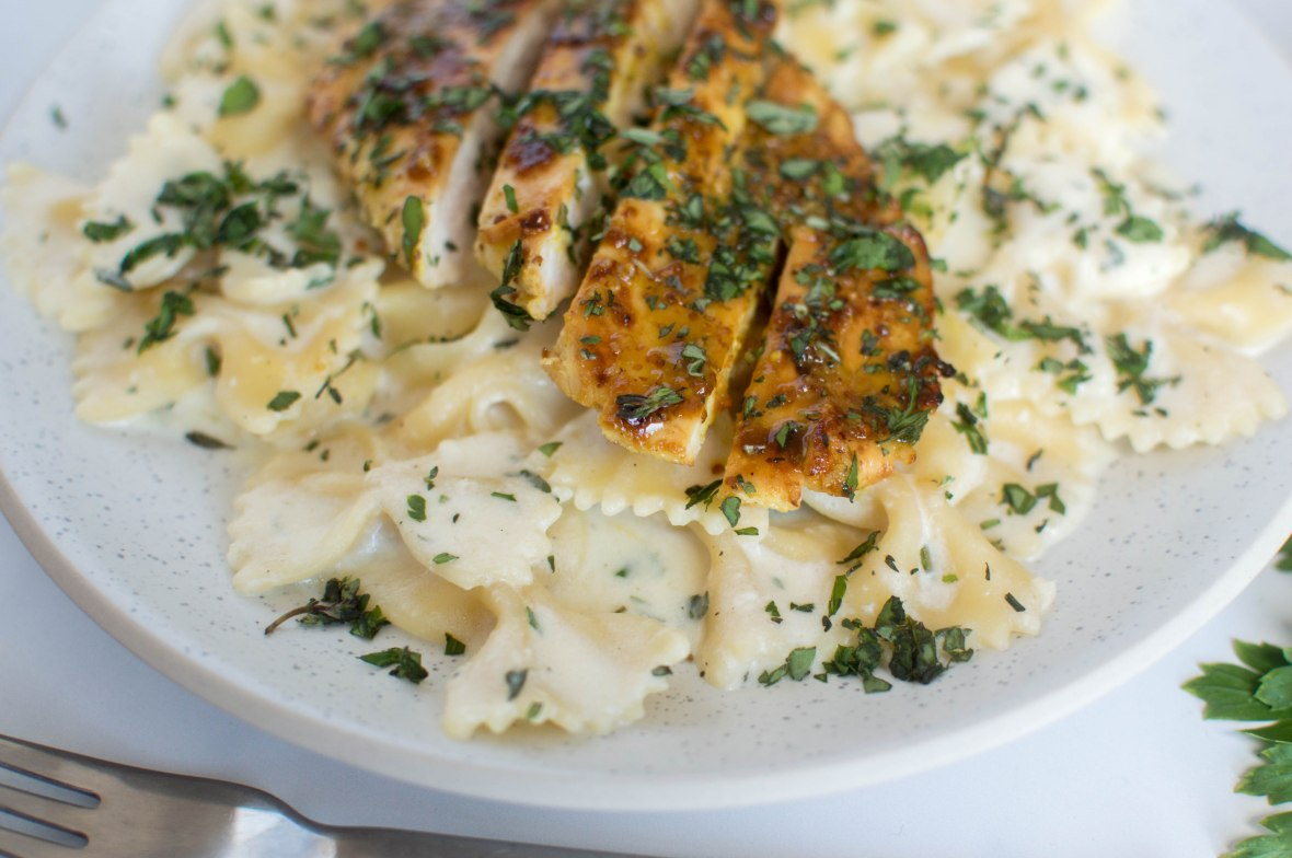 Honey & Mustard Chicken With Creamy, Cheesy & Herby Pasta - Kay's Kitchen